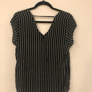 Halogen Black and White Lined Blouse sz-M